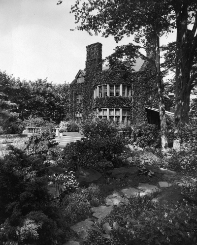 Squirrel Hill Mansion